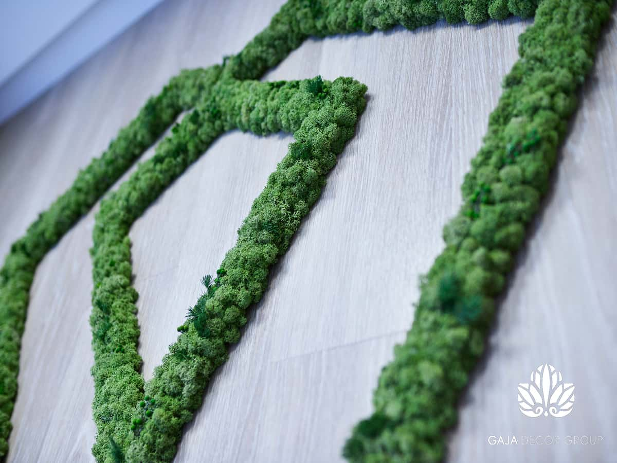 Unique moss and palnt logo